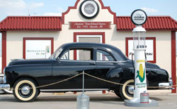 Tad Whitten's replica of a 1933 Filling Station