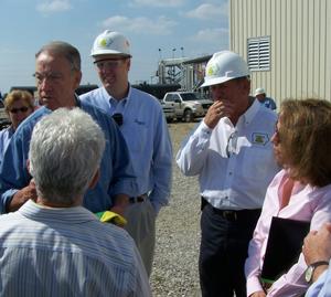 EPA officials visit REG with Sen Grassley