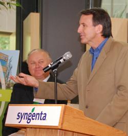 Tim Pawlenty at Syngenta Seeds